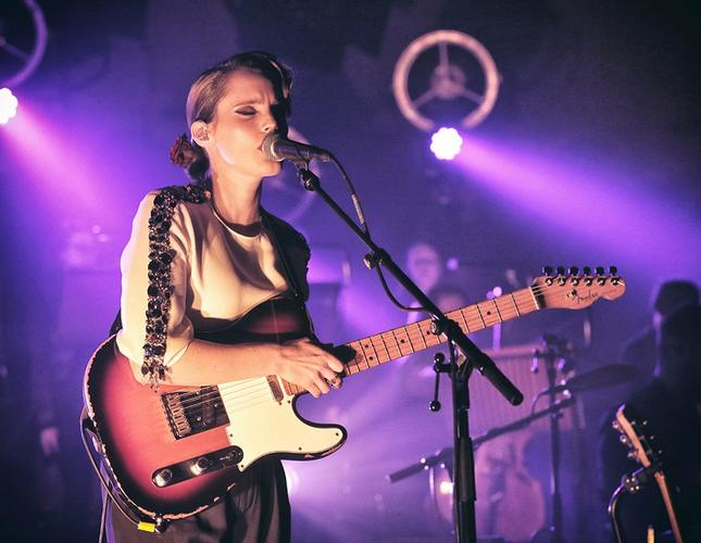Anna Calvi How the light gets in